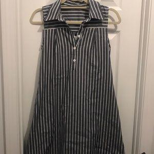 Dresses & Skirts - Knee length collared summer dress